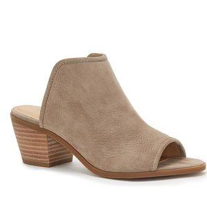 🍀 Lucky Brand | Baldomero Mules Block Heel Shoes